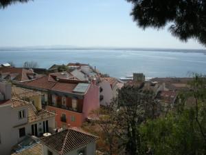 Vue sur les toits de Lisbonne