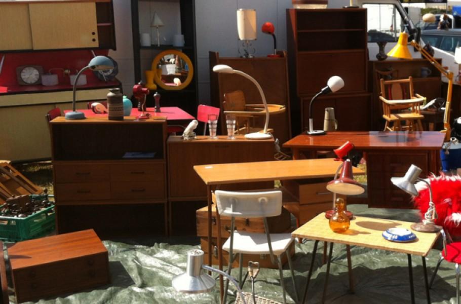 vide greniers mode d emploi pour les acheteurs et les vendeurs. Black Bedroom Furniture Sets. Home Design Ideas