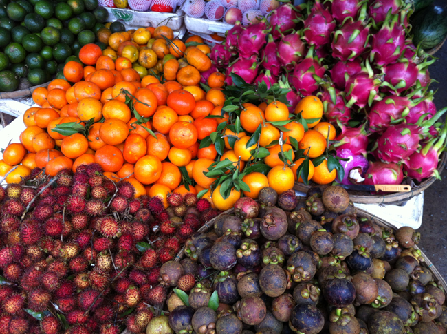 Marché de Hoi An : fruits du Vietnam