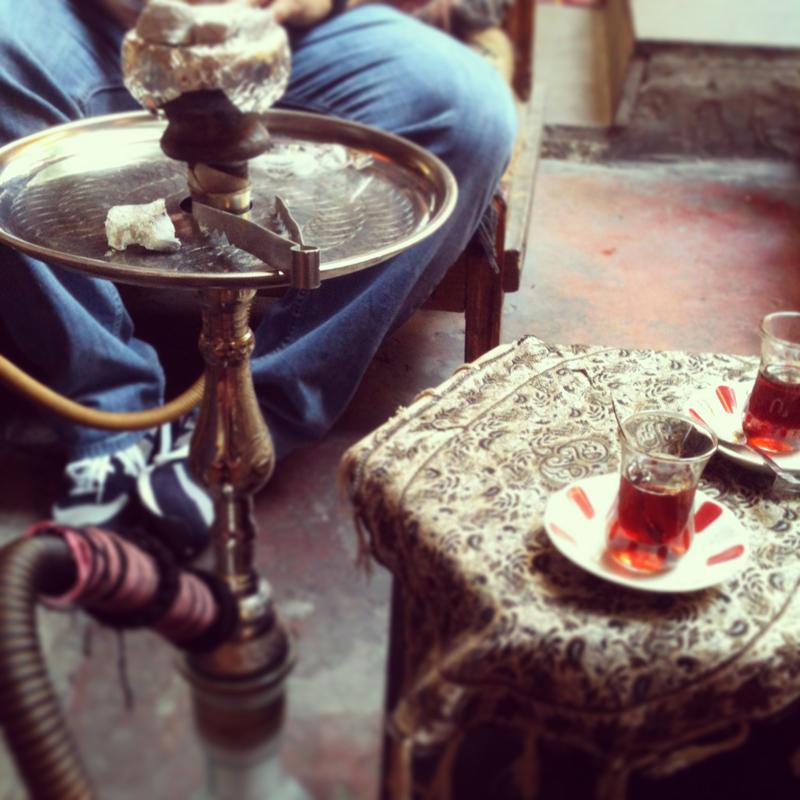 Fumer le narghilé à Istanbul