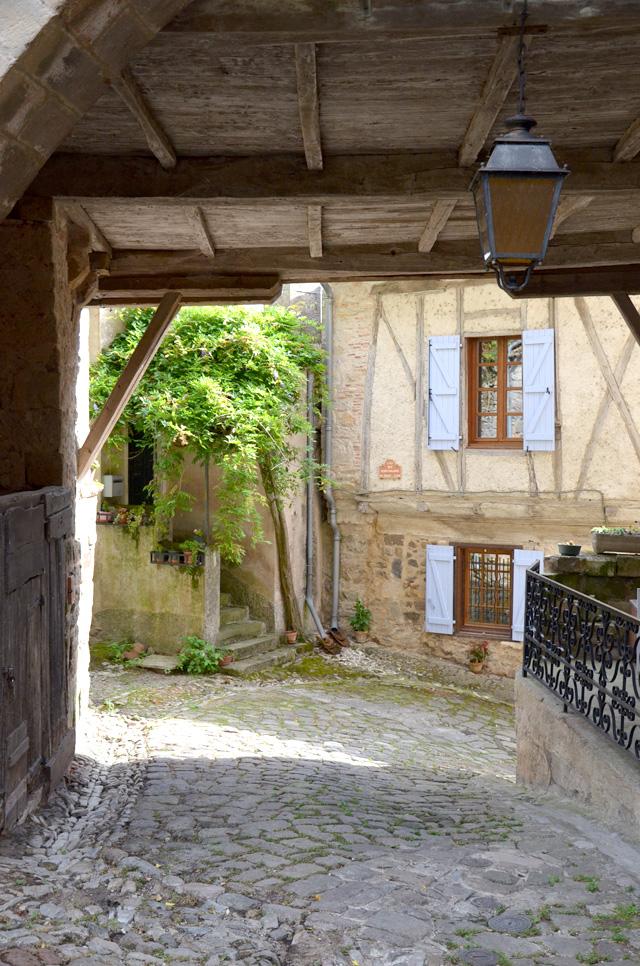 Penne, petit village médiéval du Tarn | Blog voyage | 640 x 966 jpeg 319kB