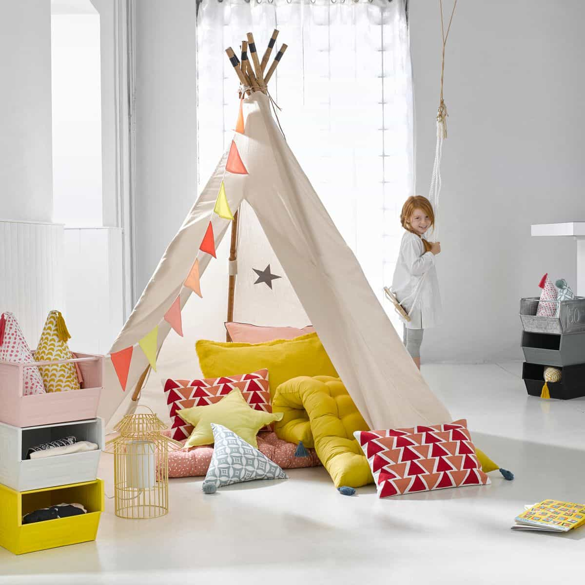 amazing dco chambre enfant un tipi indien with chambre enfant ampm. Black Bedroom Furniture Sets. Home Design Ideas