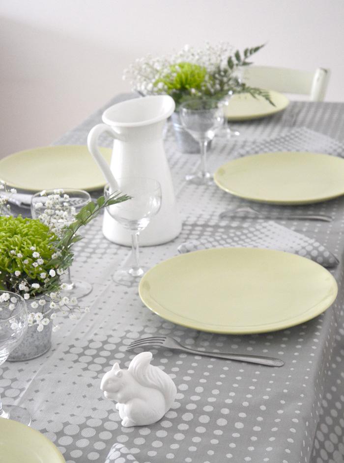 Ma d coration de table avec le jacquard fran ais nappe enduite - Deco campagne francaise ...