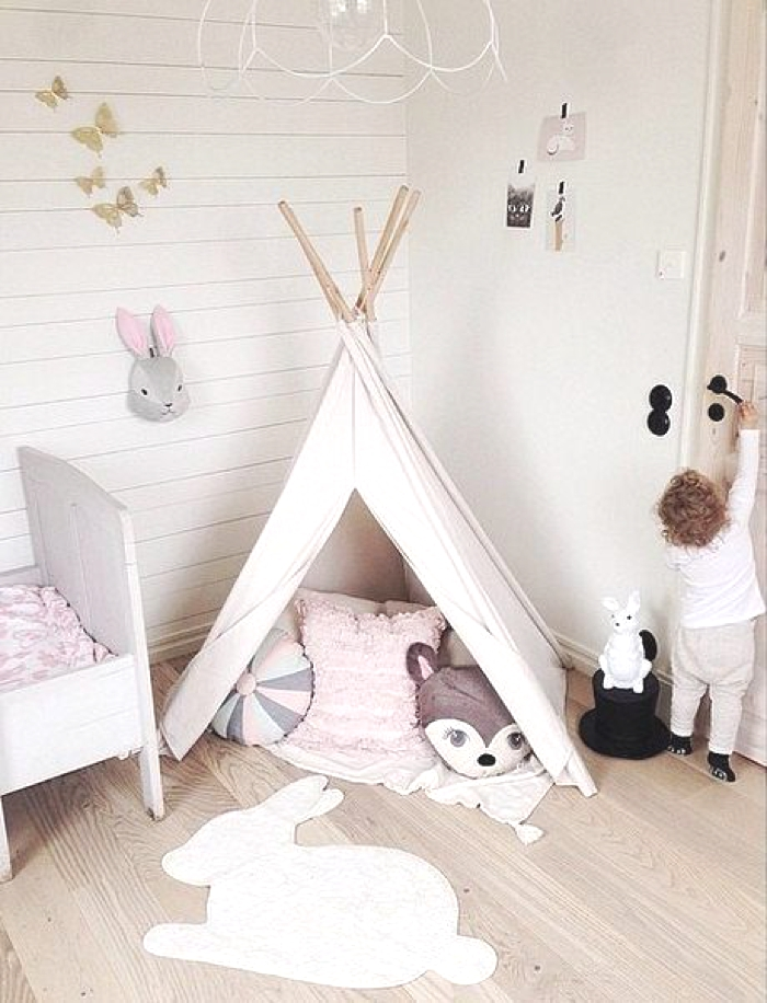 mon prochain diy le tipi enfant inspirations et tutos. Black Bedroom Furniture Sets. Home Design Ideas