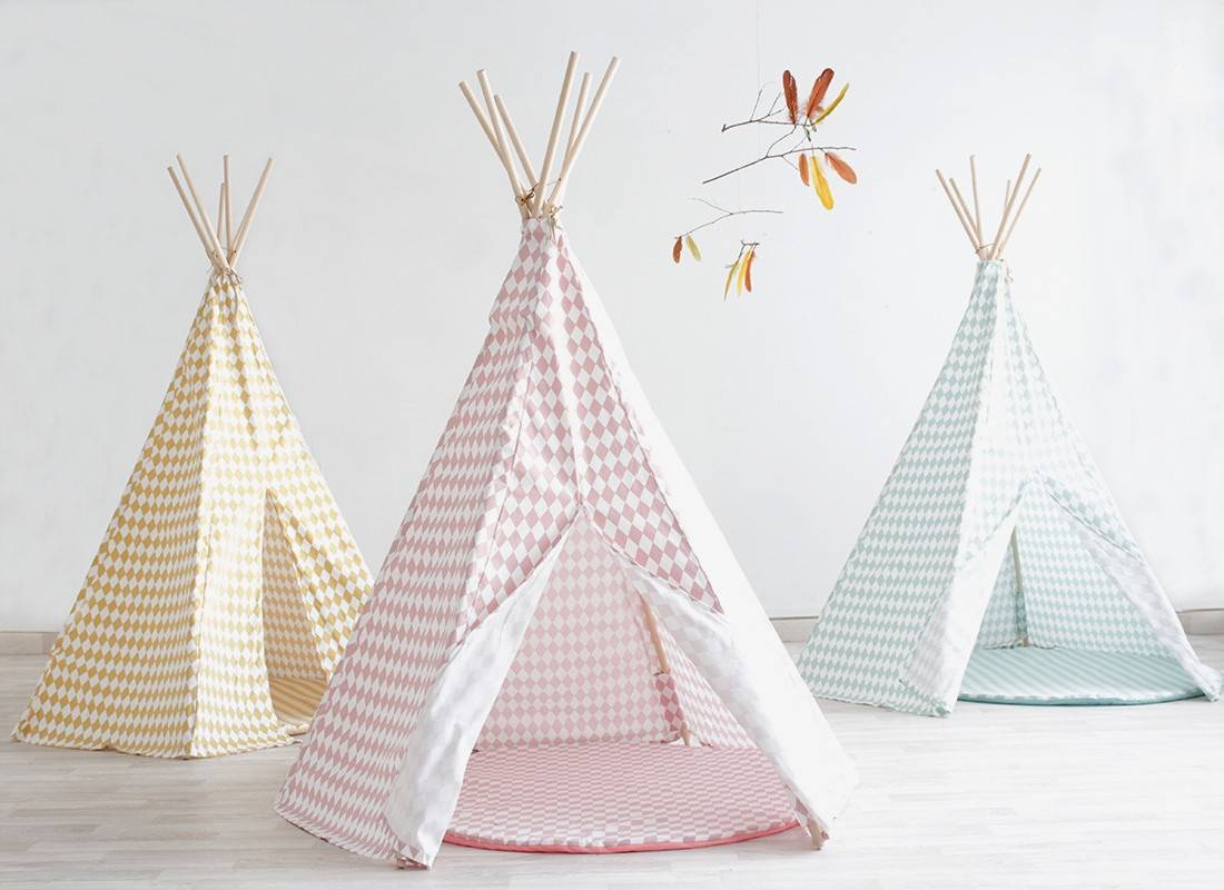 mon prochain diy le tipi enfant dans la chambre ou le. Black Bedroom Furniture Sets. Home Design Ideas