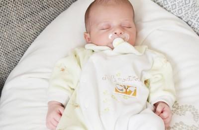 Quel lait choisir pour un bébé prédisposé aux allergies ?
