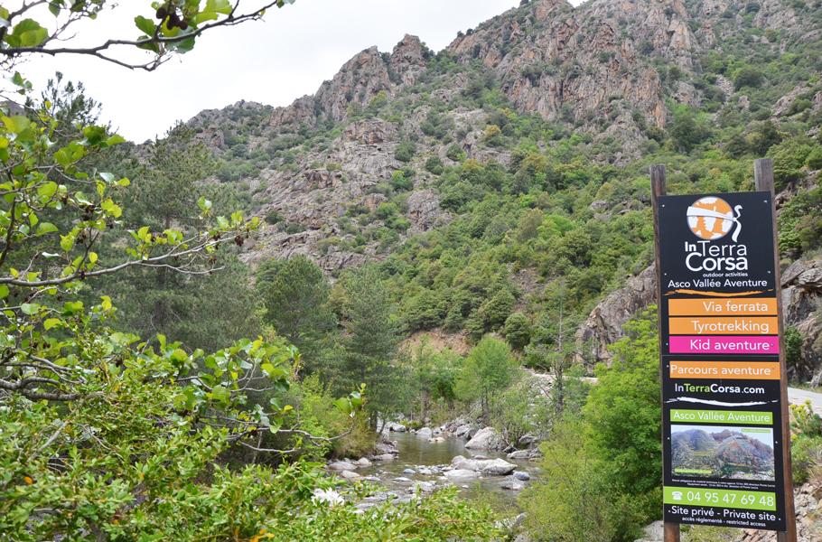 Tyrotrekking dans la vallée de l'Asco : In Terra Corsa
