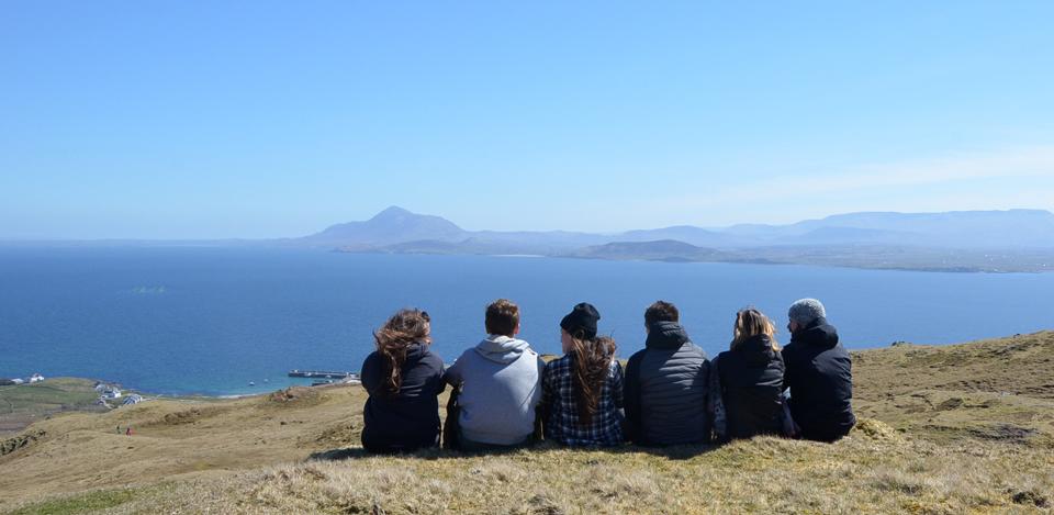 La vue sur les montagnes du comté de Mayo depuis Clare Island