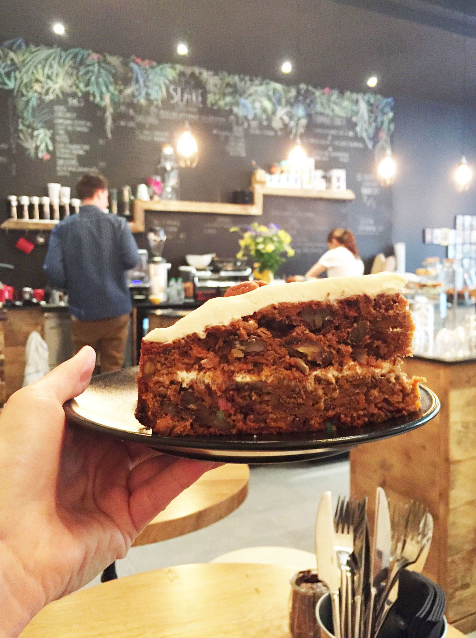 Carrot cake slake coffee