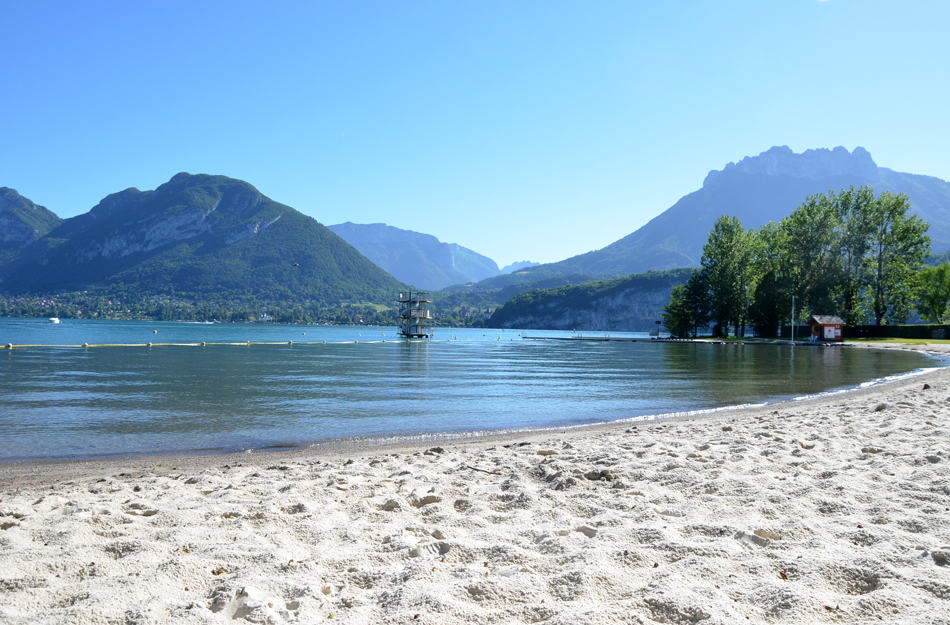 se baigner au lac d 39 annecy la plage de saint jorioz blog lifestyle. Black Bedroom Furniture Sets. Home Design Ideas