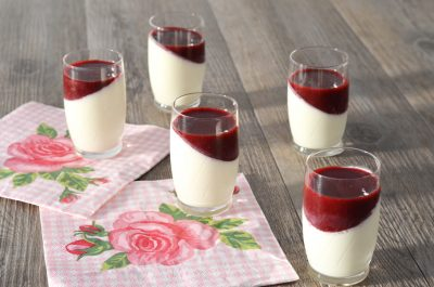 Panna cotta aux fruits rouges