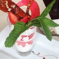 Déjeuner au Lounge – Hôtel Warwick Reine Astrid