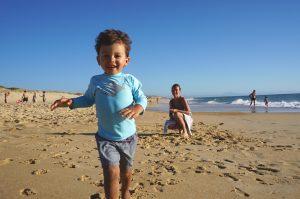 Noah adore l'océan