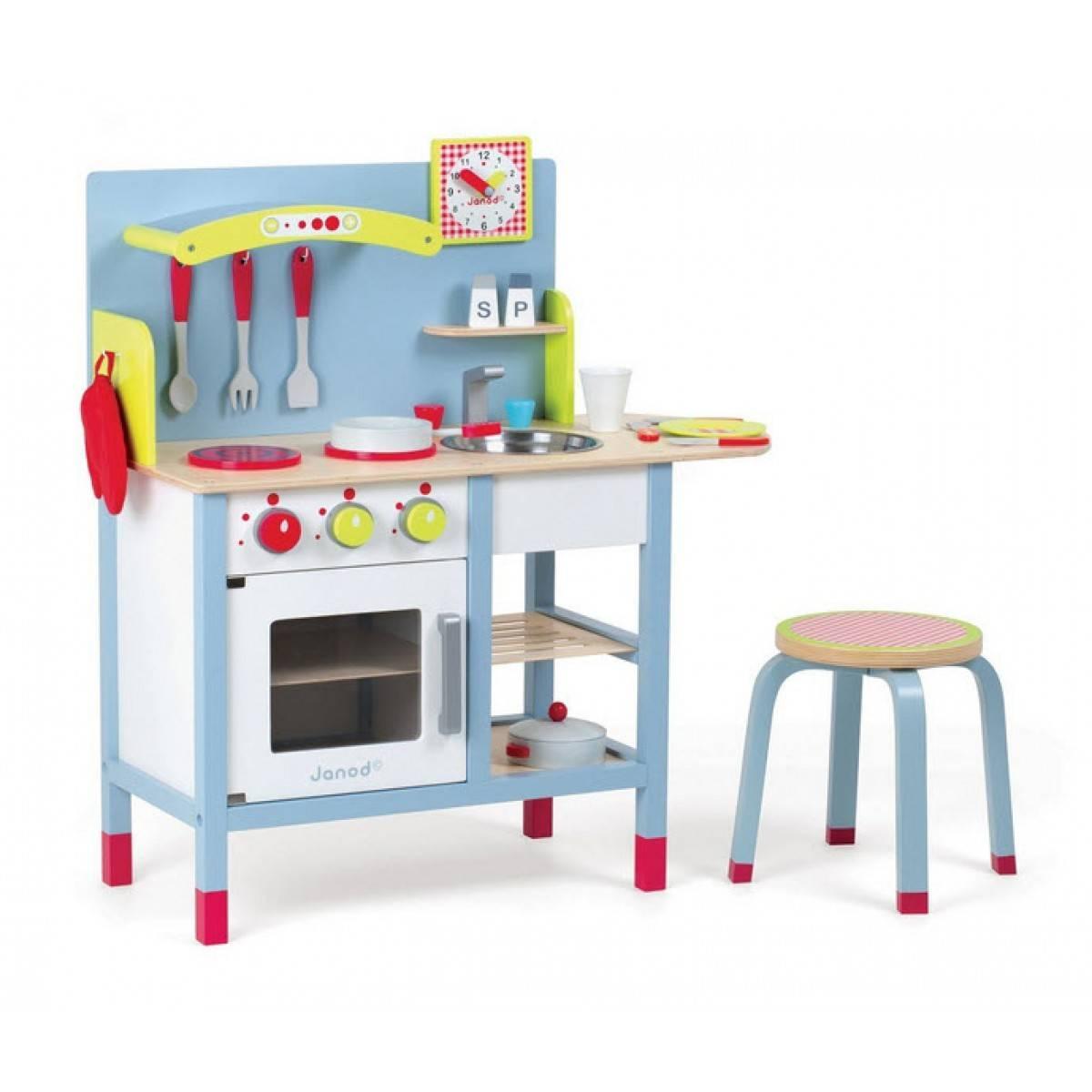 une cuisine enfant en bois pour imiter les grands jouet en bois cuisine. Black Bedroom Furniture Sets. Home Design Ideas