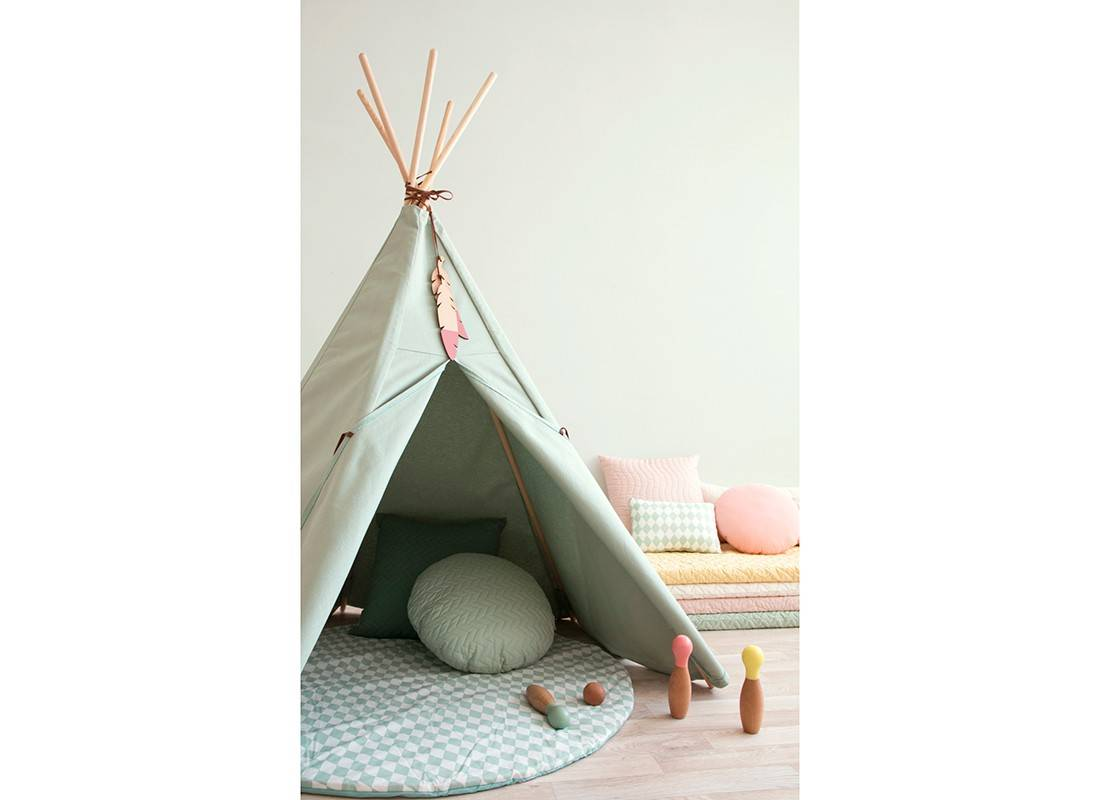 un tipi nobodinoz pour la chambre d 39 enfant blog d co. Black Bedroom Furniture Sets. Home Design Ideas