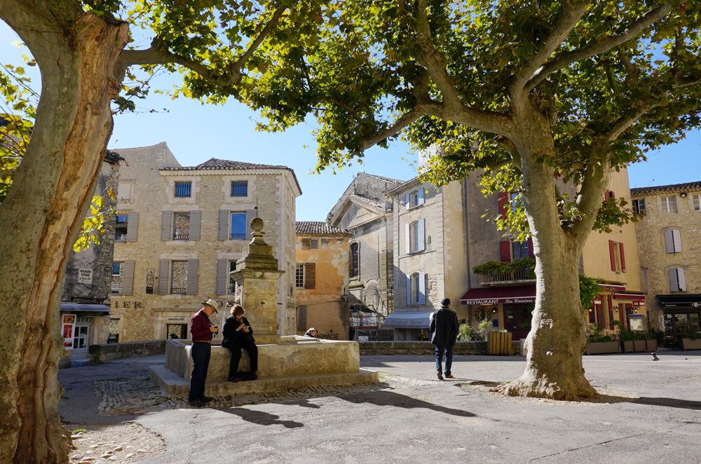 Le charmant village de Gordes dans le Lubéron