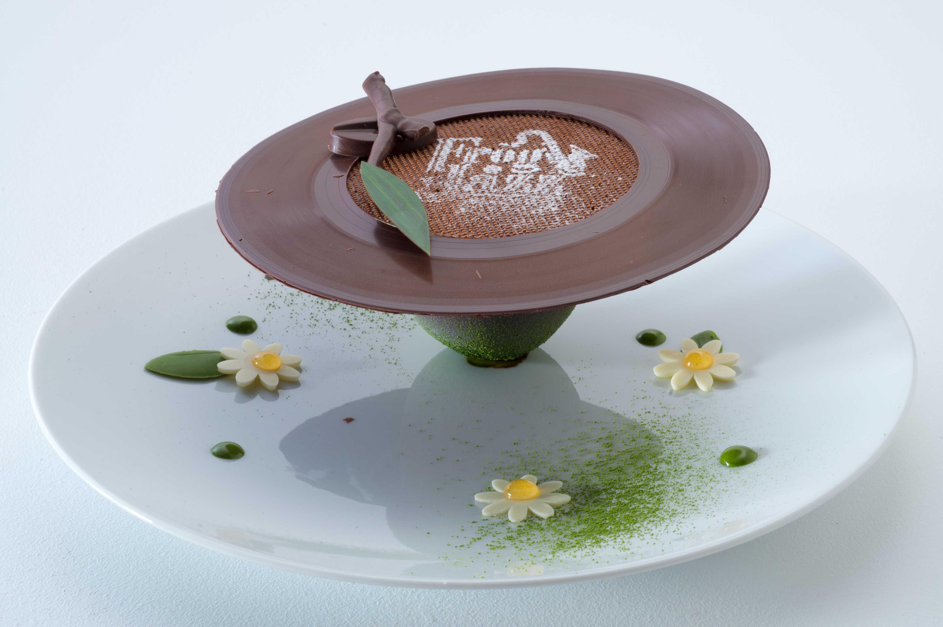 Coupe du monde de pâtisserie : dessert à l'assiette - Japon