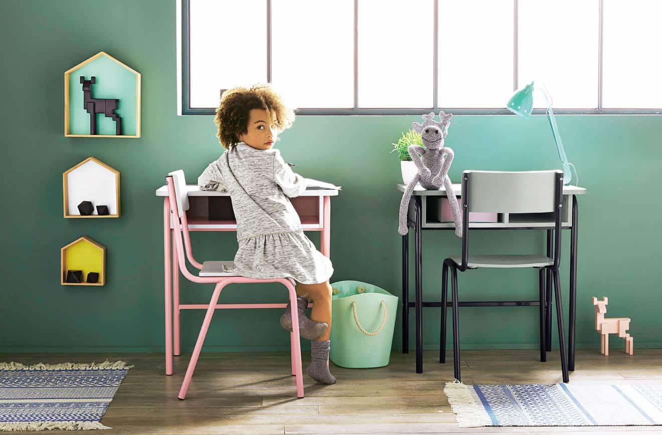 Un bureau rétro dans la chambre enfant - vertbaudet