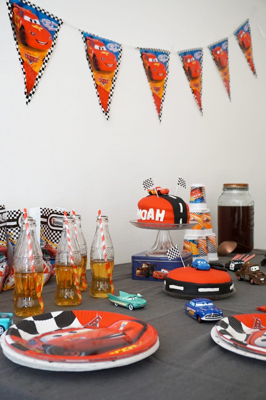 Anniversaire 3 ans : un goûter d'anniversaire sur le thème Cars Disney - Sweet table