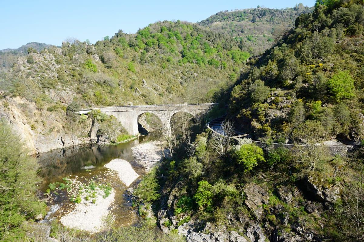 Les gorges du Doux - le petit train d'Ardèche