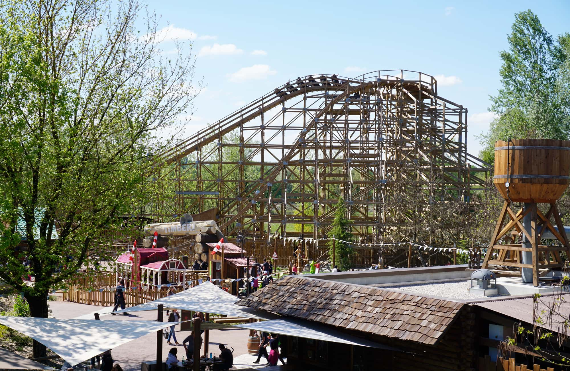 Parc Walibi Rhône-Alpes : Explorer Adventure, l'attraction Timber
