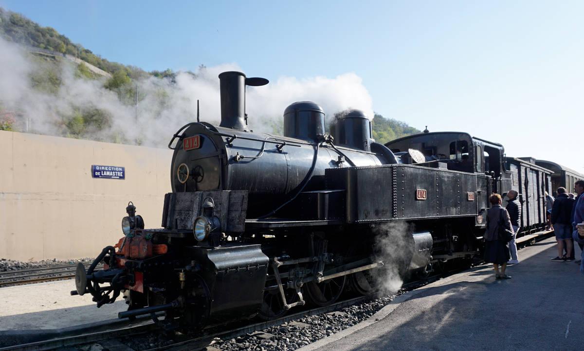 Départ du petit train d'Ardèche à Tournon-sur-Rhône