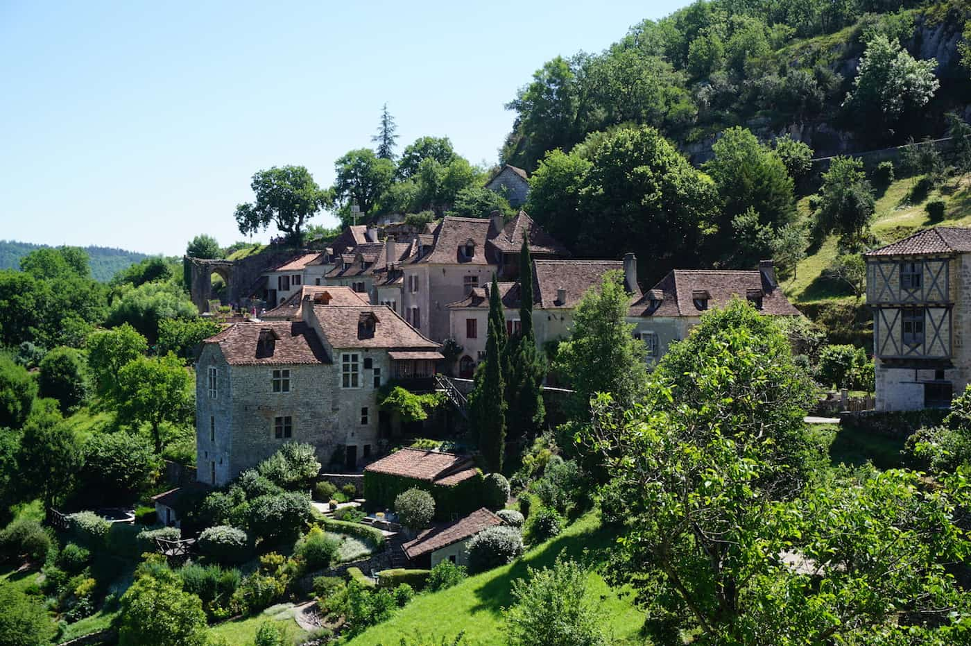 Le village de Saint-Cirq-Lapopie - Lot - Tourisme Occitanie