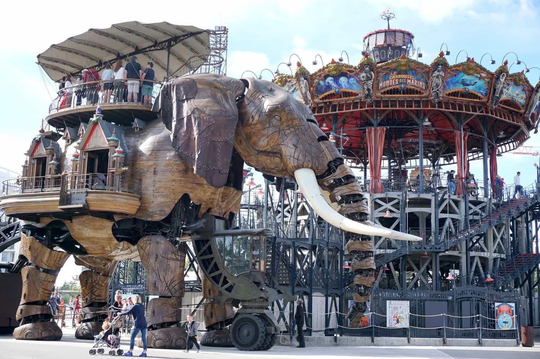 Île de Nantes : le grand Éléphant et le carrousel des Mondes Marins