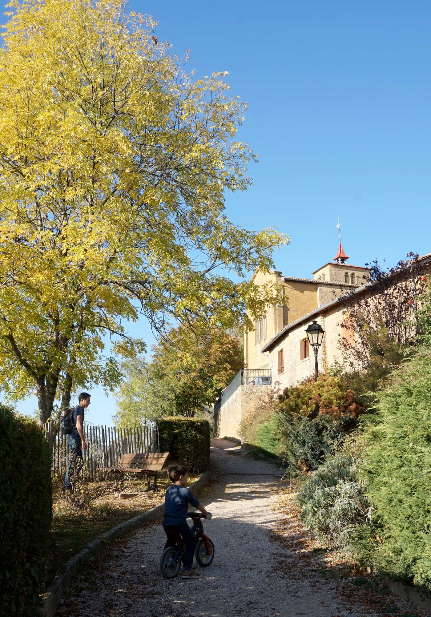 Balade dans le Beaujolais - Oingt, un des plus beaux villages de France
