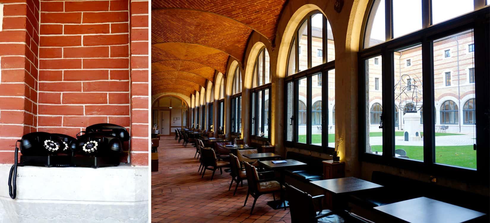 Fourvière Hôtel - Hôtel Spa Lyon 4 étoiles - Restaurant bistronomique Les téléphones dans le péristyle du cloître