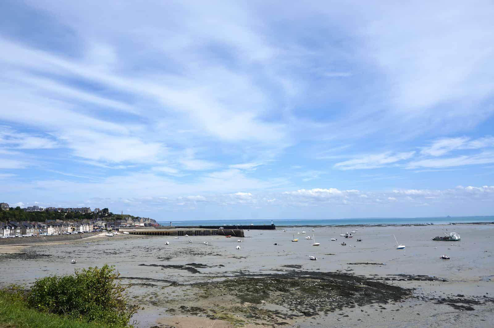 La plage et le port de Cancale