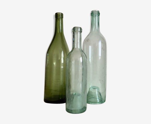 Ensemble de trois bouteilles anciennes original