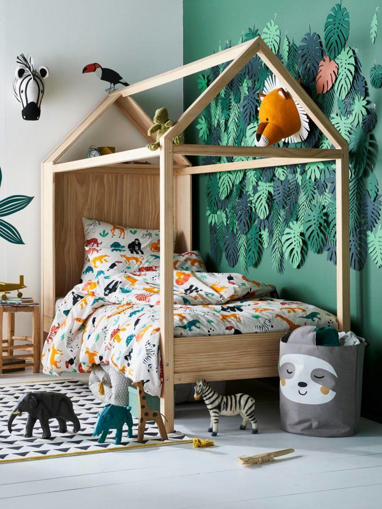 Idée déco chambre bébé enfant : chambre jungle tropicale