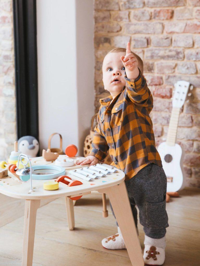 Idée cadeau bébé enfant : Jouet en bois bébé
