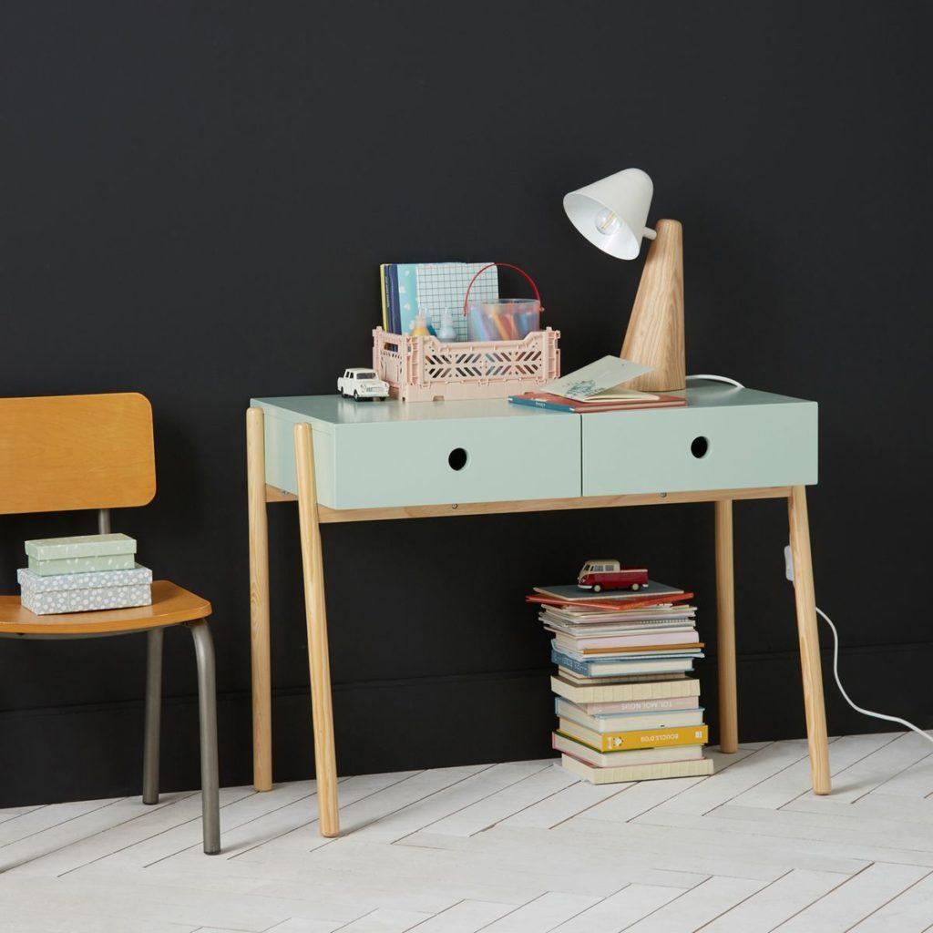 Bureau design scandinave maternelle