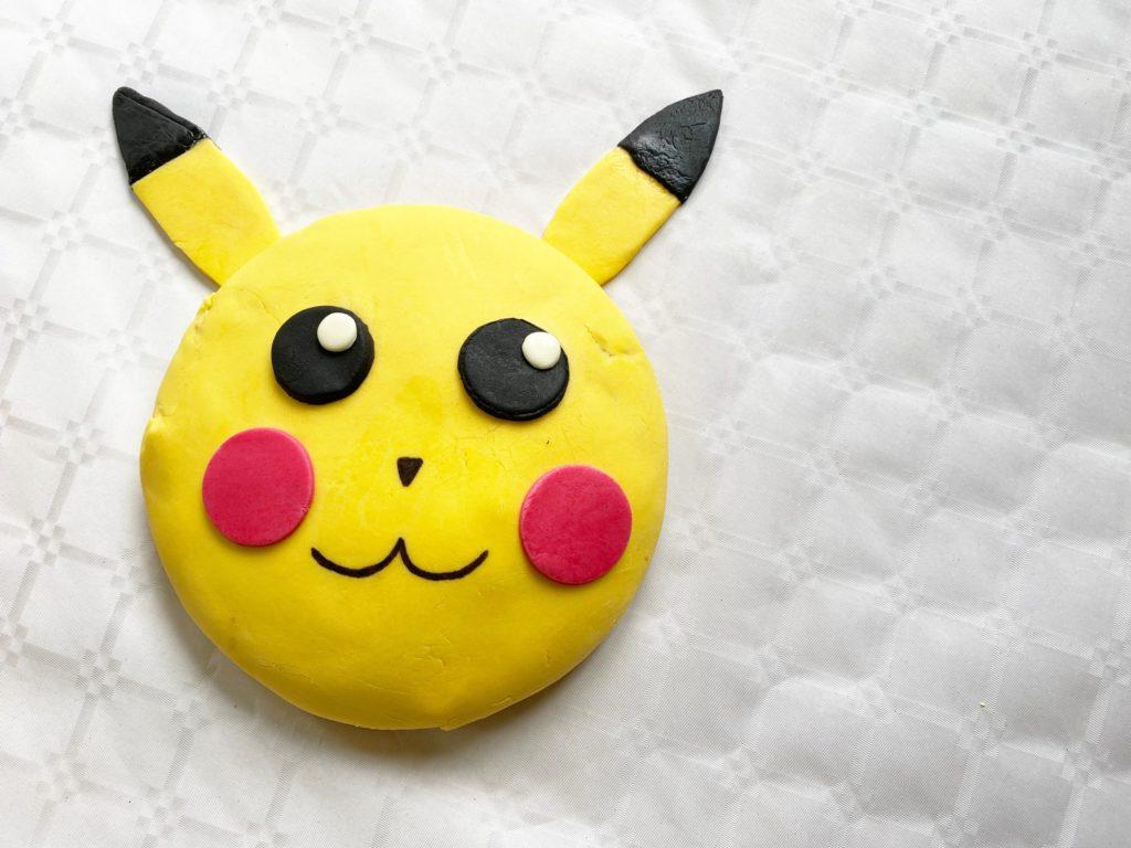 Gateau pikachu anniversaire pokemon