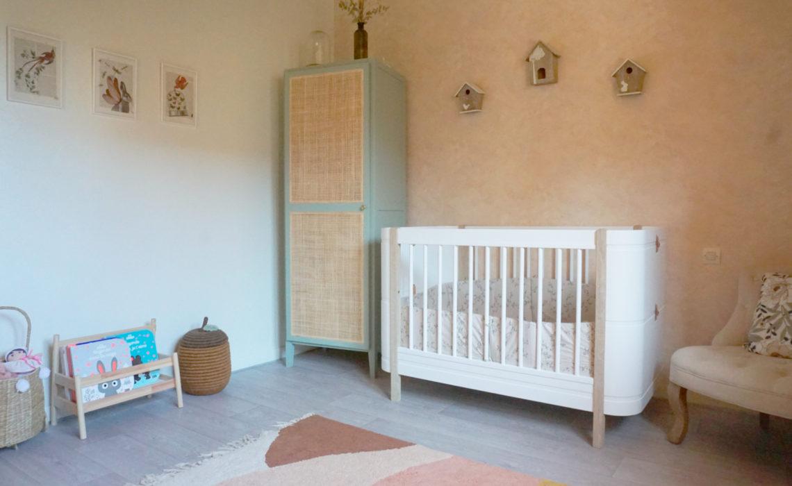 La chambre bébé fille poétique de Charline